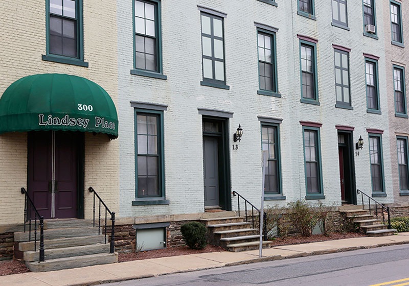 Lindsey Place Suites